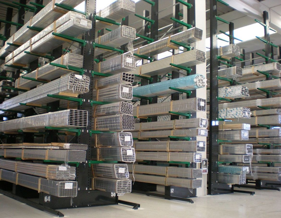 Guided Aisle Cantilever Racking 1