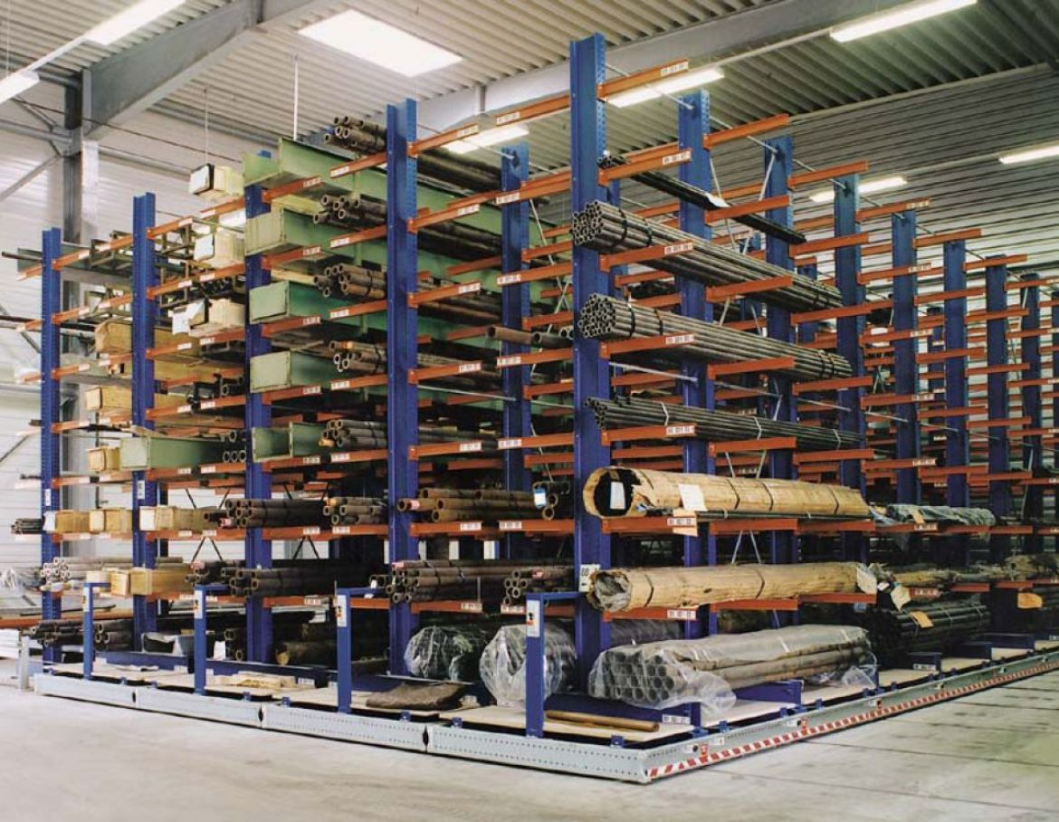 Mobile Cantilever Racking 1